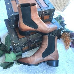 VINCE Carrington Chelsea leather ankle boots